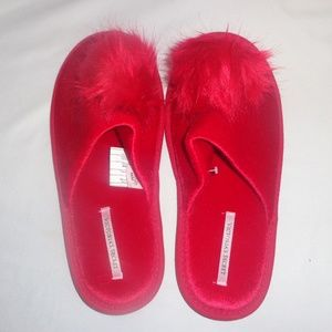 Victoria's Secret L Slippers Faux Fur Pom Pom Red